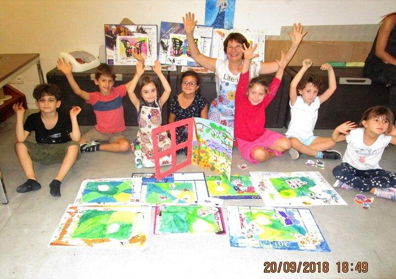 ECLAE Domi et enfants participants au concours Drôles de Petites Bêtes