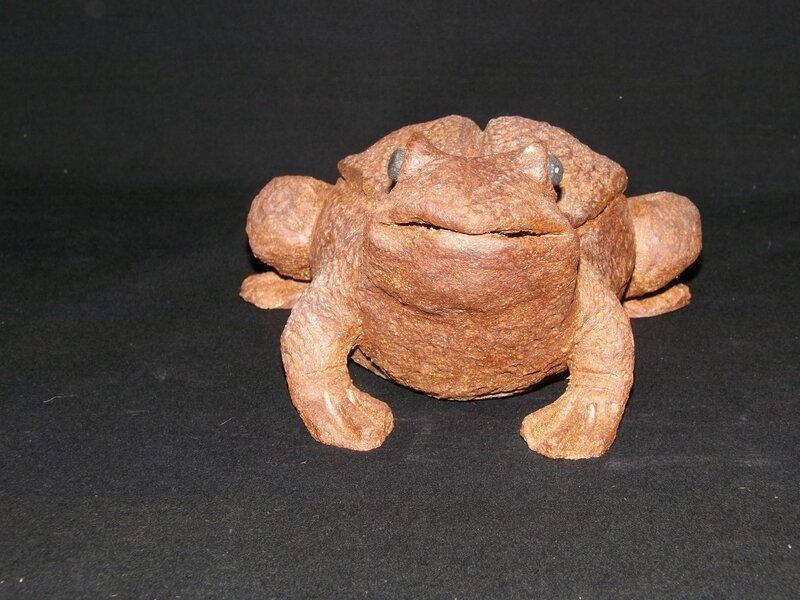 grenouille, sculpture, céramique, argile, grès , jardin , déco, extérieur, cadeau, idée, poterie, faïence, art, terre, animaux, originale ,mes5elements,aveyron (50)
