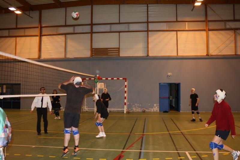 2010-12-16_volley_deguise_25