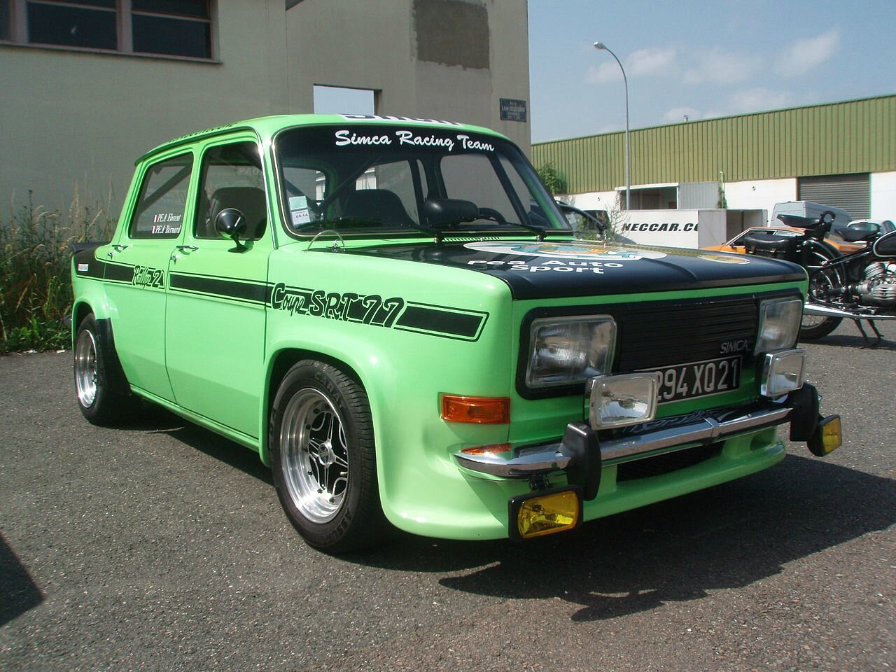 Simca_1000_Rallye_2_coupe_SRT_77_-_Front_right_1_(02)