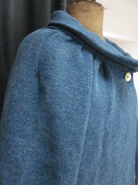 Veste BLANCHE en lin épais bleu façon jeans - fermée par un bouton de nacre (6)