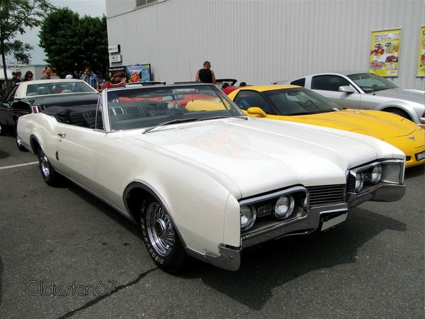 oldsmobile delta 88 convertible 1967 a