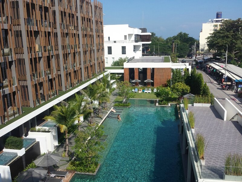 Hotel G Hua Hin et piscine