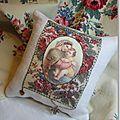 Kit coussin ©Marimerveille transfert Marie aux fleurs