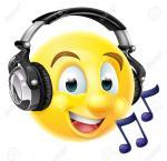 47533383-Un-emoji-emoticon-con-aud-fonos-y-escuchar-m-sica-o-cantando-Con-las-notas-musicales-Foto-de-archivo