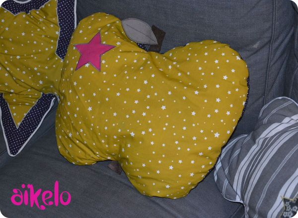 Coussin_pomme_Prune_1