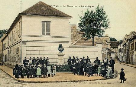 Bezons_place_de_la_R_publique_enfants_et_soldats