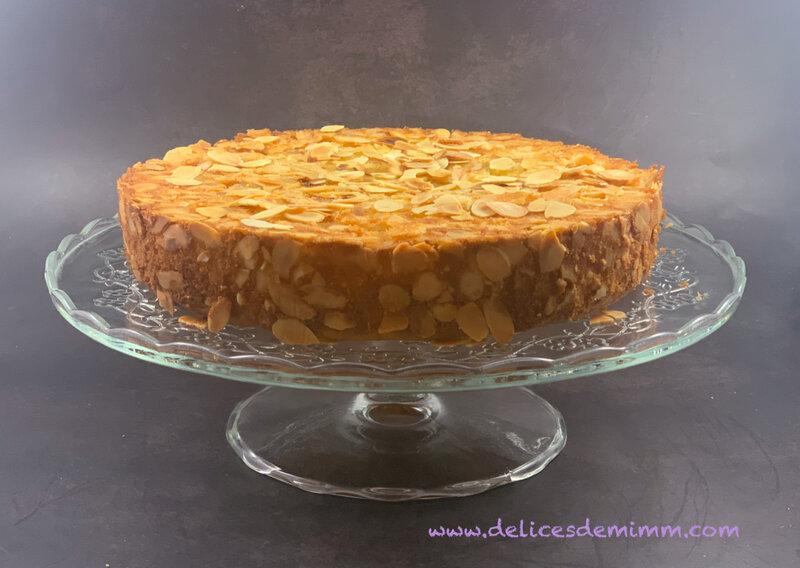 Gâteau renversé aux pommes et amandes 2