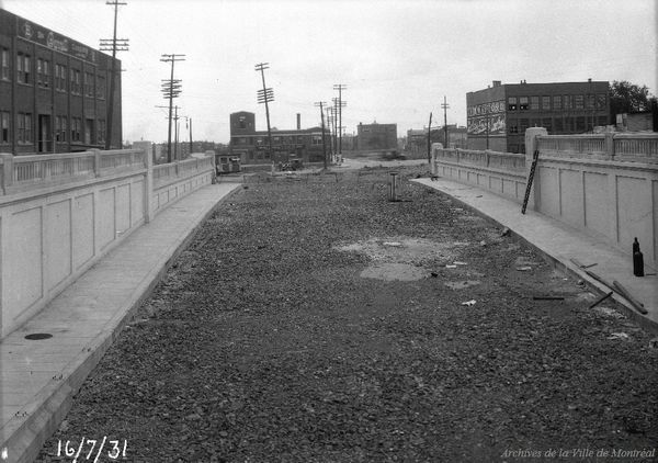 1931 Tunnel Saint-Hubert en direction de la rue Bellechasse, Archives de la Ville de Montréal, VM94-ZD1518