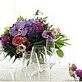 Une table,un superbe bouquet.....