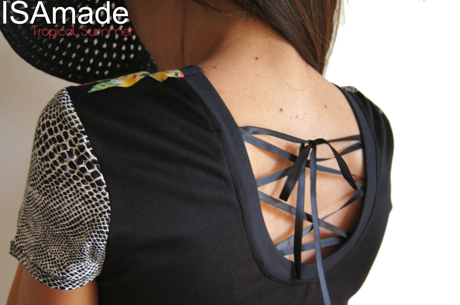 Un été mode Tropical : Robe maille Dentelle Chic Imprimé à Fleurs Tropicales noire multicolore chic et Graphique 60's