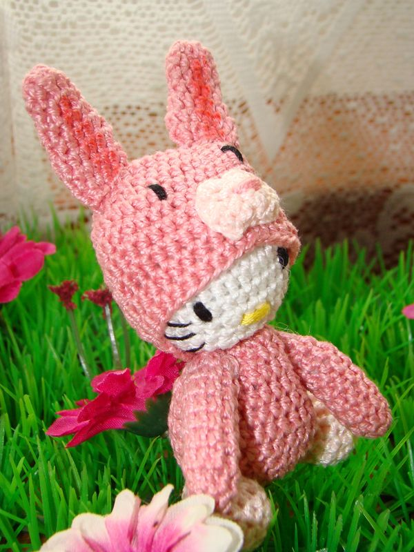 hello kitty lapin rose_04