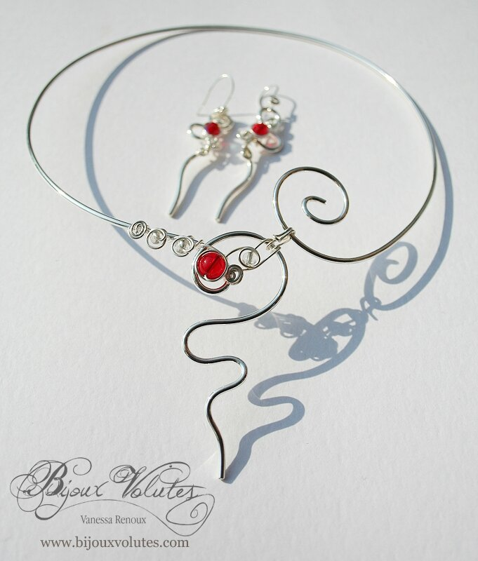 collier-mariage-ondee-rouge