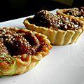 tartelettes prunes et crumble noisettes