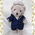Doudou Peluche Ours Beige Vêtement Bleu Béret Blanc 28 cm