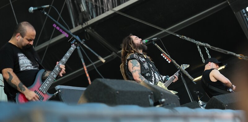 Soulfly-Dour-2014-7