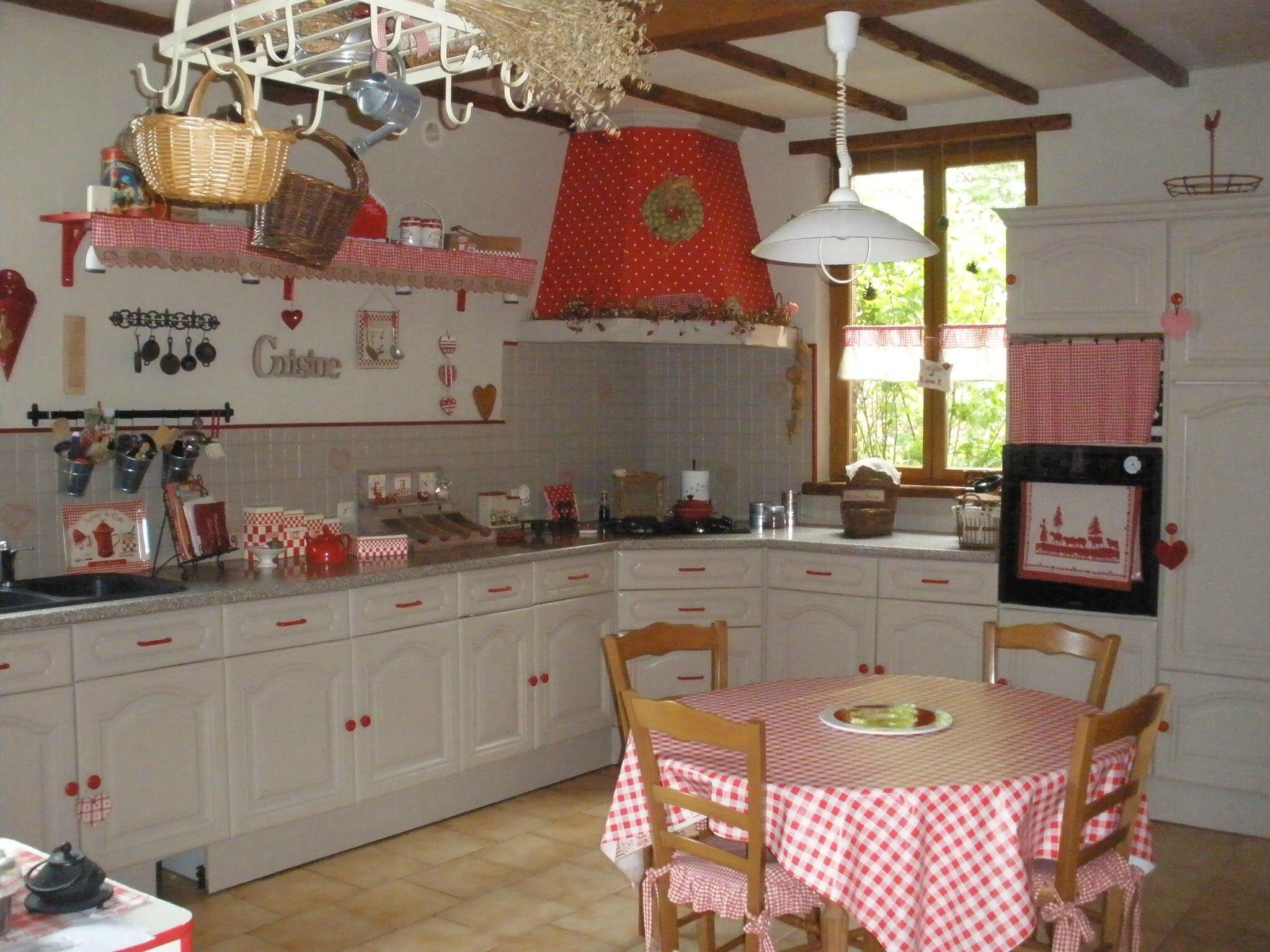 Cuisine savoyarde relooke cuisine meubles et objets - Decoration carrelage mural cuisine ...