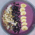 Smoothie bowl myrtilles muesli