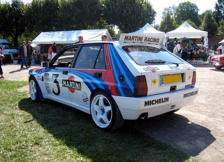 Lancia_delta_HF_martini_02