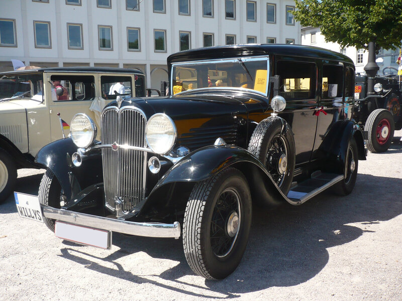 WILLYS Overland Six 4door Sedan 1932 Karlsruhe (1)