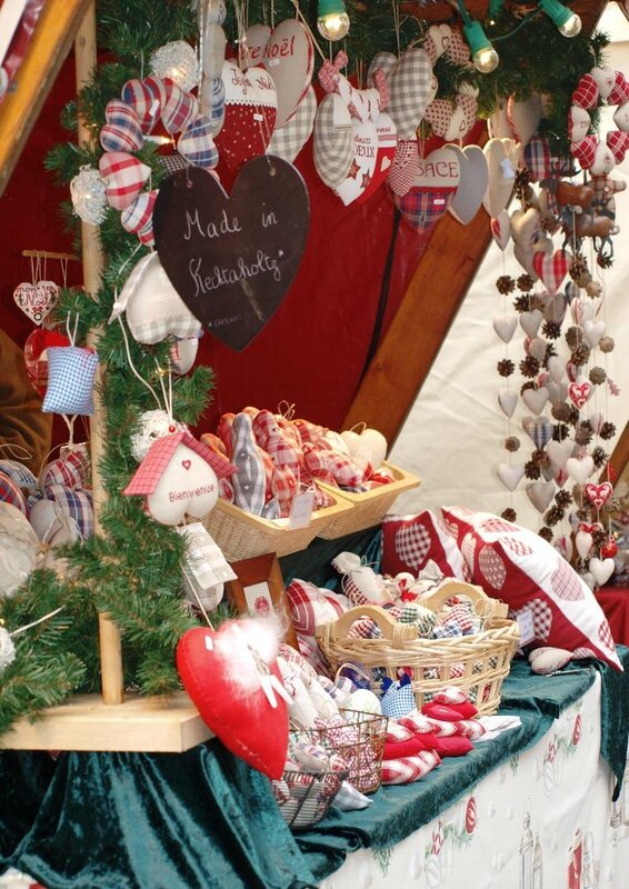 MARCHE NOEL MEDIEVAL RIBEAUVILLE 07