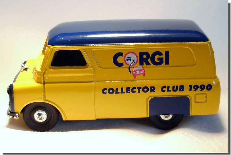 Bedford Van 1-43 Corgi Collector Club 1990 A