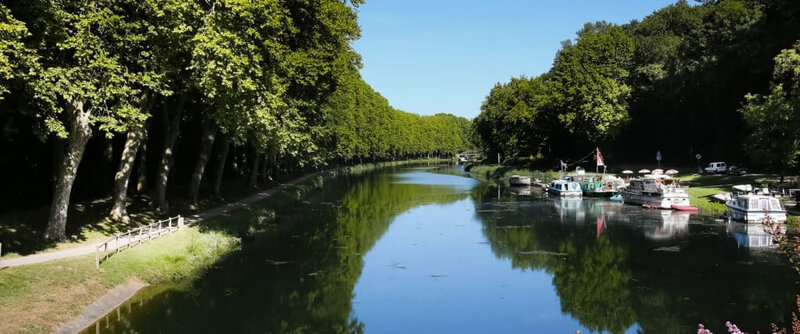 canal-des-deux-mers-sud-gironde-1024x427