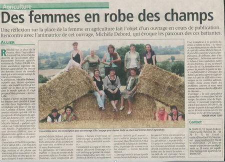Des_femmes_en_robe_des_champs