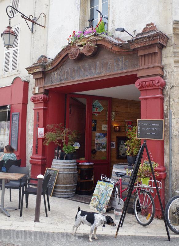 && Cognac ancien garage (1)