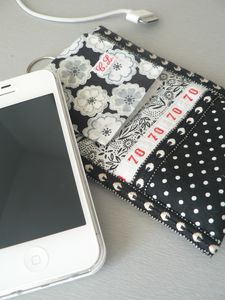 Etui_iPhone_d_tail_6