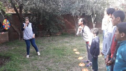 Farah anime le jeu de fléchettes