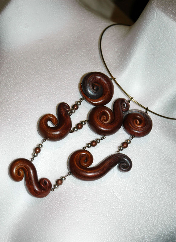 Arabesque_Collier_en_pâte_fimo_3