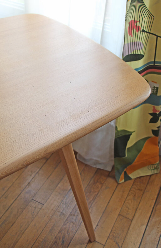 table-de-repas-ercol-vintage-detail