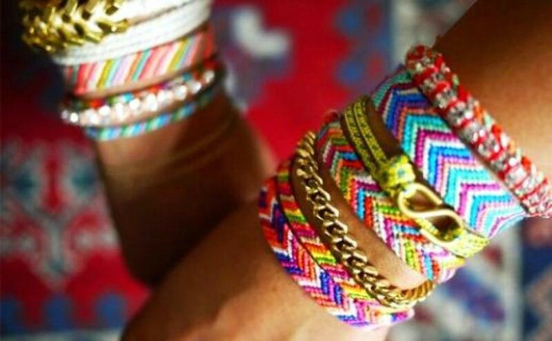 on-adopte-la-tendance-revival-bracelets-bresiliens