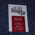 Le café rouge, esplanade de la défense