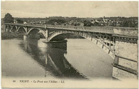 03 - VICHY - Pont sur l'Allier