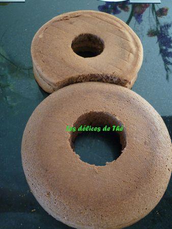 Anniversaire forme 8 génoise chocolat+mousse chocolat
