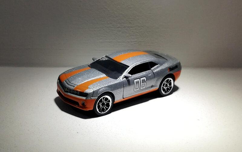 Chevrolet Camaro (Majorette) 02