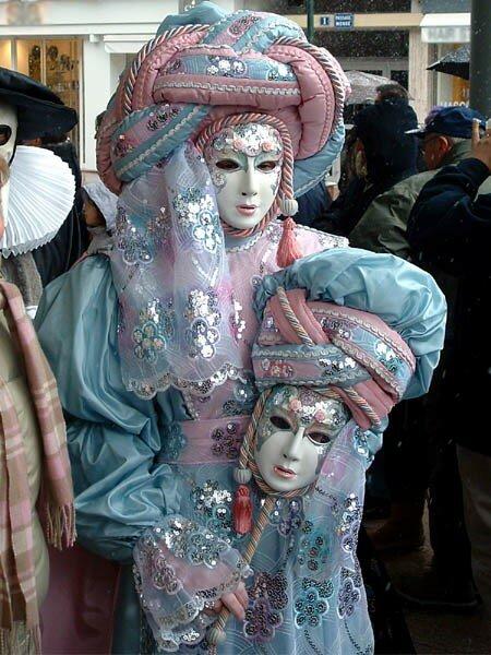 Carnaval Vénitien d'Annecy organisé par ARIA Association Rencontres Italie-Annecy (71)