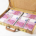 Puissant valise magique multiplicateur d'argent du marabout gilbert
