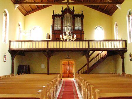 Kirche_innen_2006_2