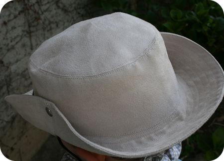 Gabriel_d_guisement_cowboy_chapeau3
