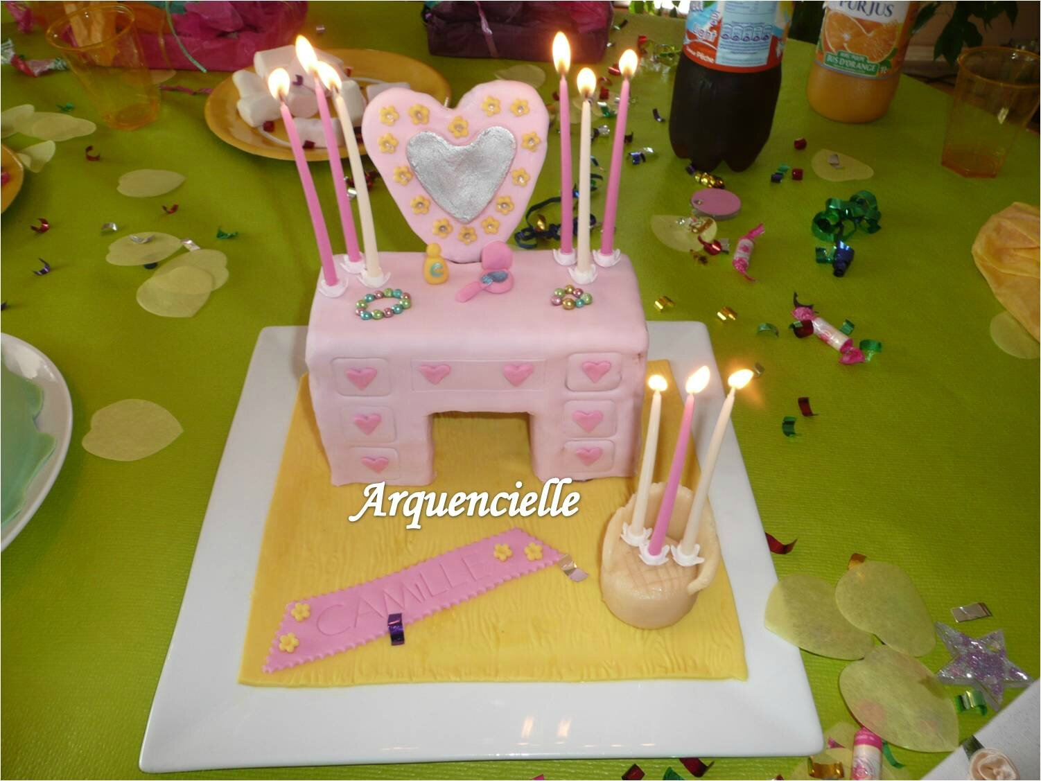 Gâteau coiffeuse girly 3D bougies