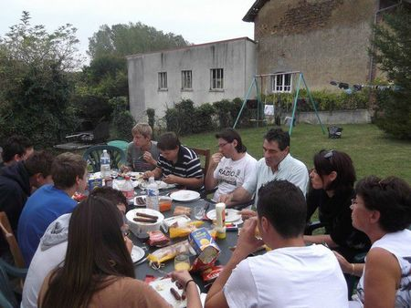 Pendant le barbecue
