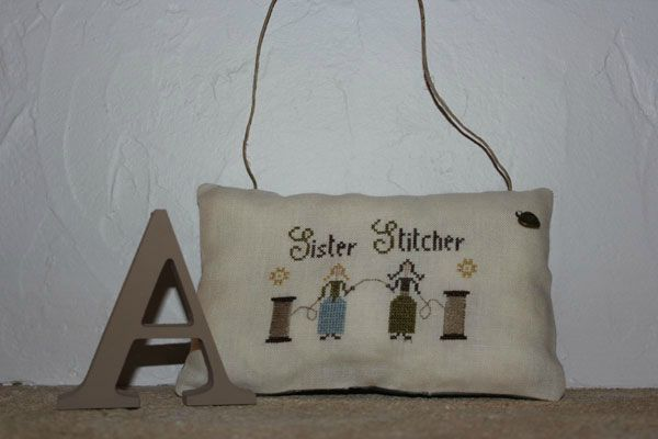 coussin_sister_stitcher
