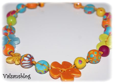 collier_multicolore_2_avril_2010_006
