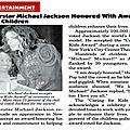 Superstar michael jackson honored with award from children - jet, 16 mai 1994