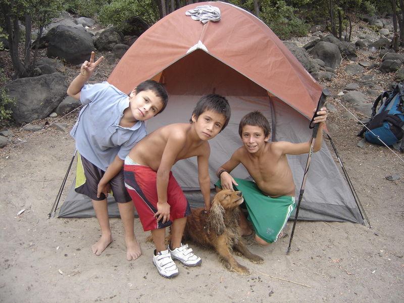 acampando en la leonera con los scouts