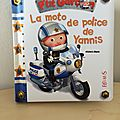 P'tit garçon - la moto de police