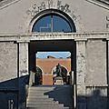 Grand-Hornu oct 2010 - Maison des Ingénieurs - porche